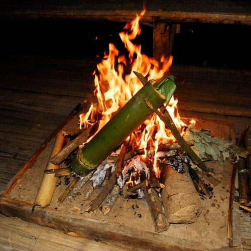 arroz no bambu